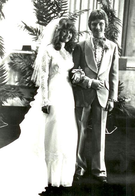 http://www.boomerbrief.com/Wedding%20Portrait-450.jpg