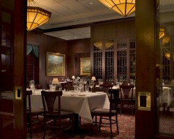 Capital Grille - Interior - 250.jpg