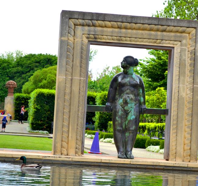 Dallas Arboretum Duck & Statue - 650.jpg