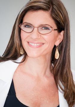 DrSara_glasses 250.jpg