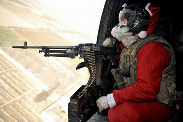 12-23 - Santa's Coming to Town-600.jpg