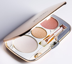 04 Jane Iredale Celebrate Eyeshadow Trio 300.jpg