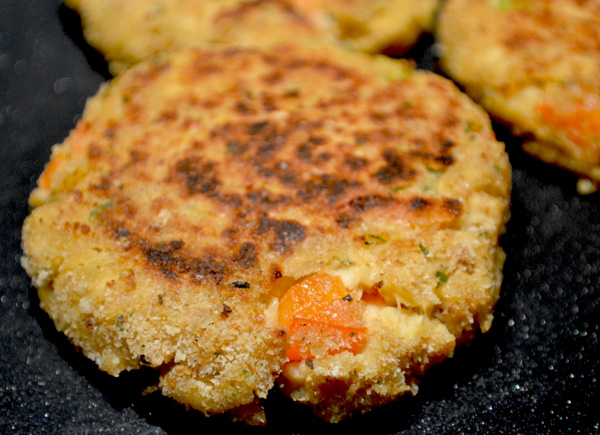 Salmon Patties Ready to eat - 600.jpg