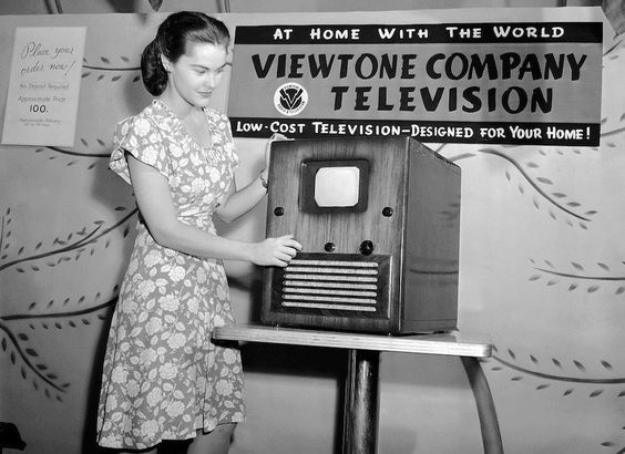 Early TV-564.jpg