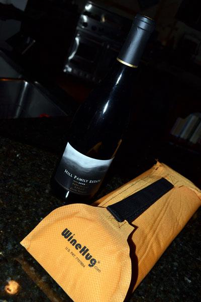 http://www.boomerbrief.com/wine%20hug%201%20-%20400.jpg