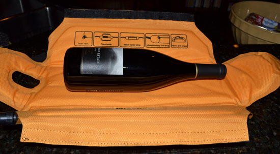 http://www.boomerbrief.com/wine%20hug%203%20-%20550.jpg